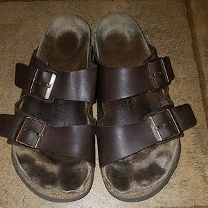Birkenstock sz 40 brown leather sandals